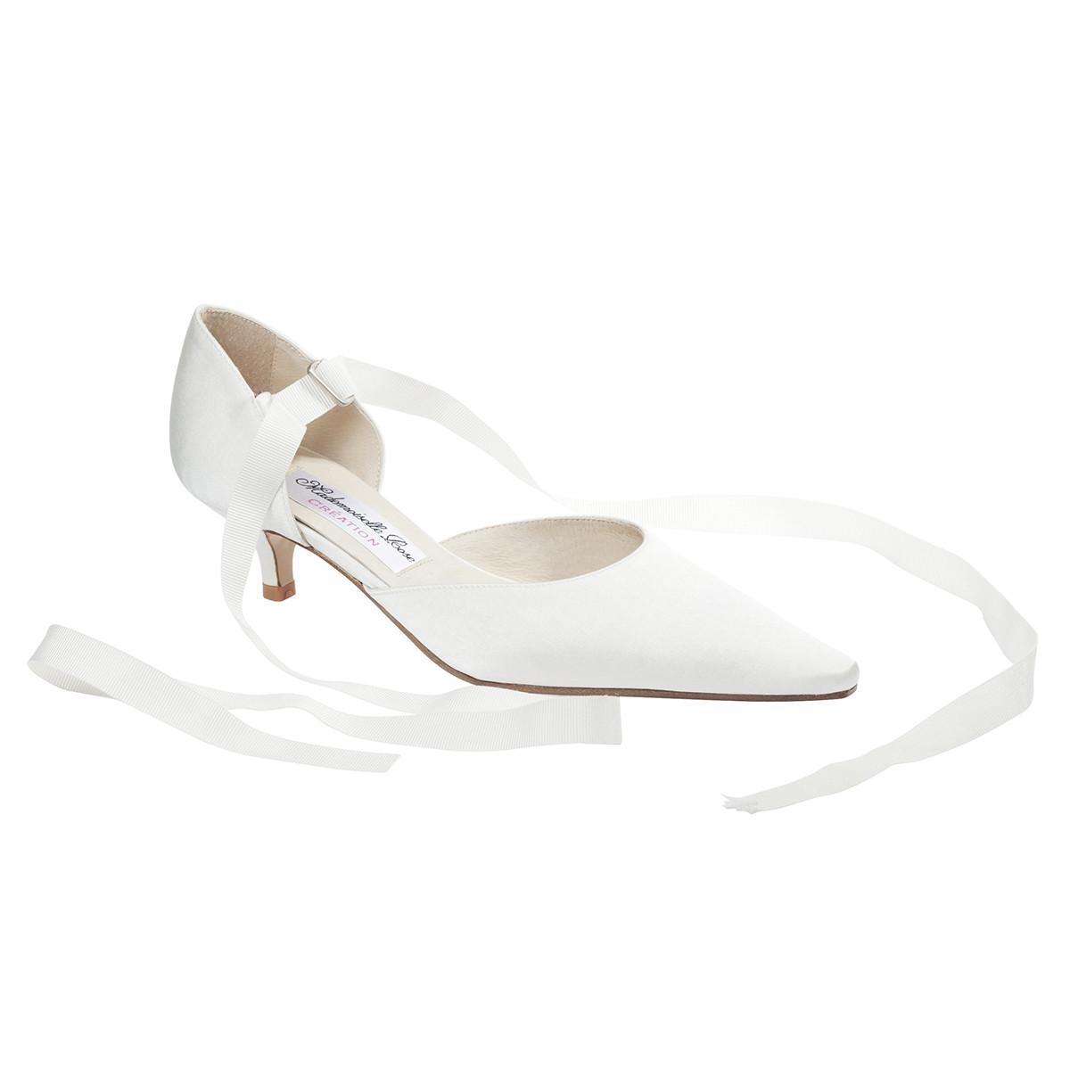 711a9846fc95 Chaussure à ruban - Mademoiselle Rose chaussures de mariée sur ...